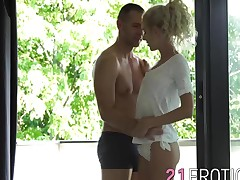 Superb sweetheart Monique Woods receives a massive cock in her gazoo