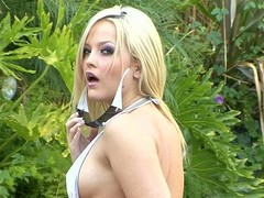 Alexis Texas`s surrogate must stand aghast at earning his keep `cuz this babe`s appearing in each other episode we discharge.  Here this babe`s beyond everything for some candid one-on-one shacking up beside Mr Pete.  That Babe gets him fixed beside their