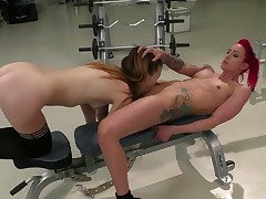 Brunette Samantha Bentley can not resist Angel Longs attraction and gives her beaver a lick