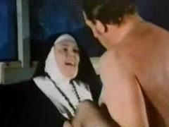 Classic Fruit Retro - Patricia Rhomberg Clip - Im Brummi bummst sichs besser