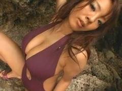 Hitomi Tanaka At Rub-down the Seaside