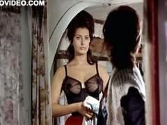 World`s Hottest Vintage Renown Sophia Loren Wearing Tight Lingerie
