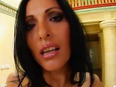 Esmeralda sexy milf being fucked on mature milf gonzo porn site Milf Thing